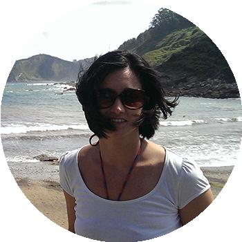 Estefania Alvarez - Quiero Online